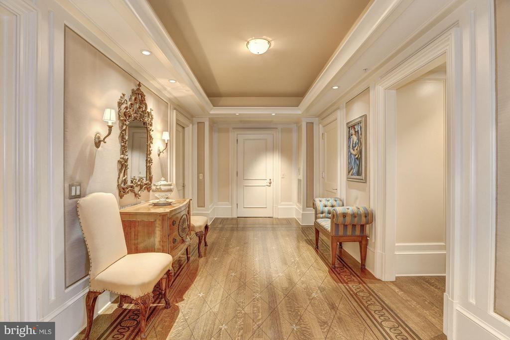 Interior (General) - 5630 WISCONSIN AVE #702, CHEVY CHASE