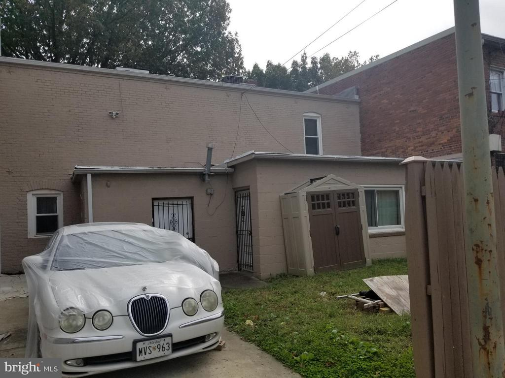 Exterior (Rear) - 608 I ST NE, WASHINGTON
