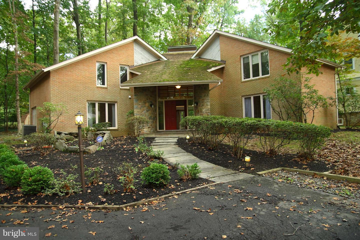 Other Residential for Rent at 11417 Cushman Rd Rockville, Maryland 20852 United States