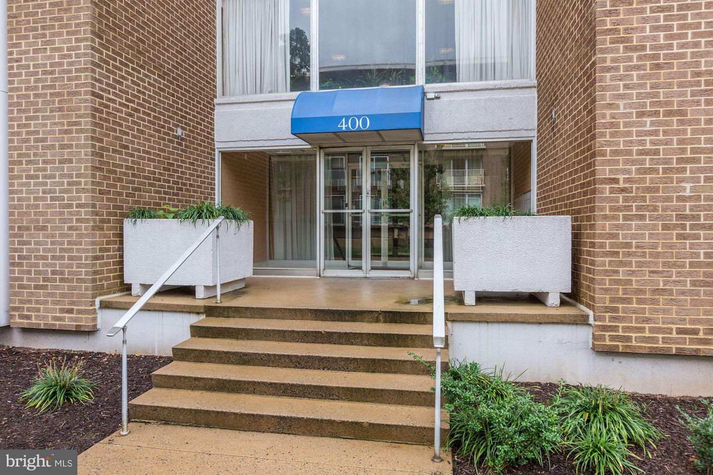 Single Family for Sale at 400 O St SW #102 400 O St SW #102 Washington, District Of Columbia 20024 United States
