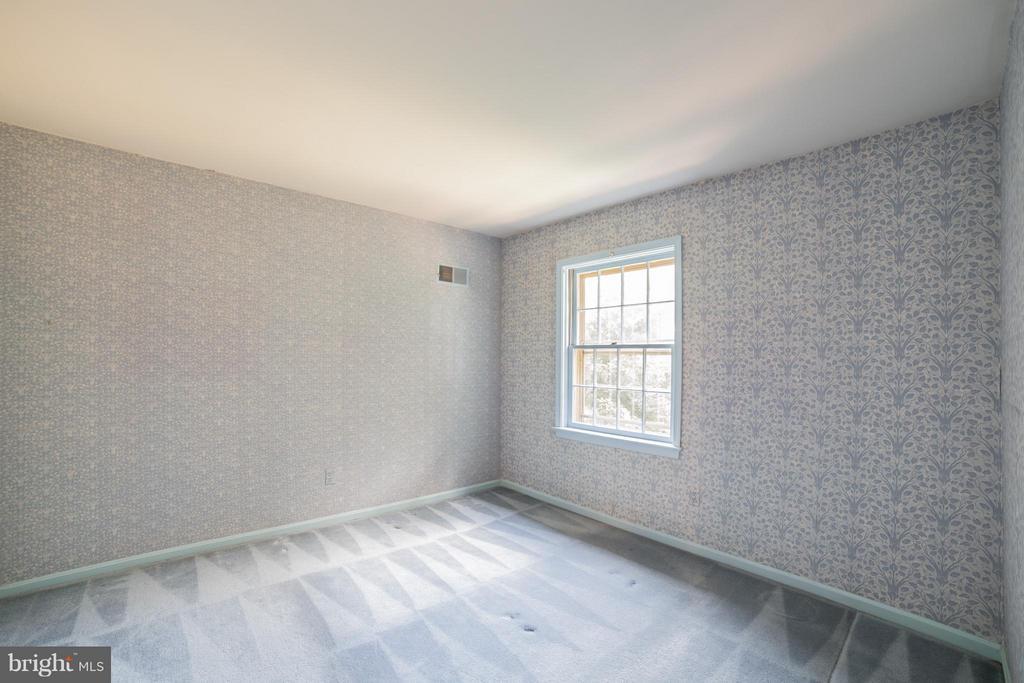 Second Bedroom - Upstairs - 10927 WICKSHIRE WAY #K-3, ROCKVILLE