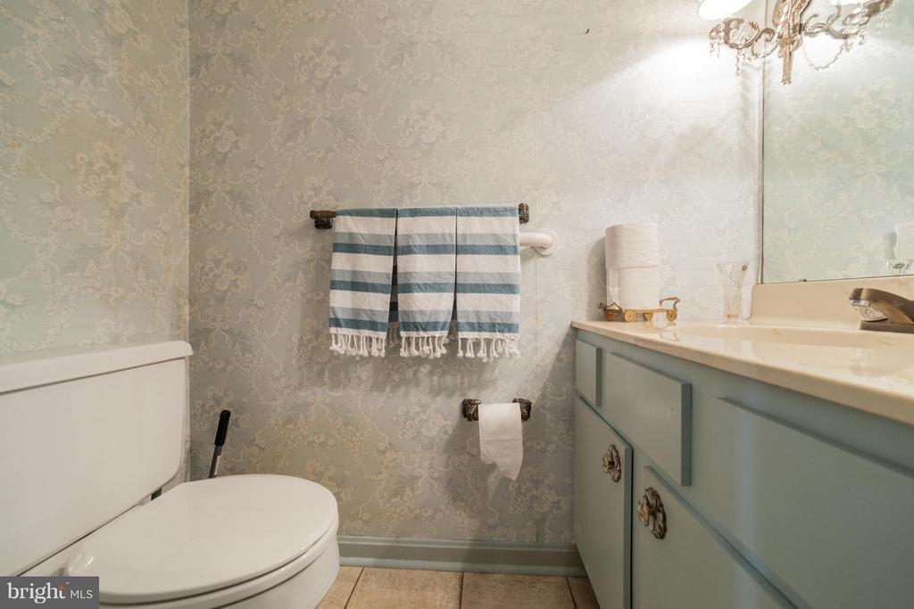 Half Bath - Main Level - 10927 WICKSHIRE WAY #K-3, ROCKVILLE