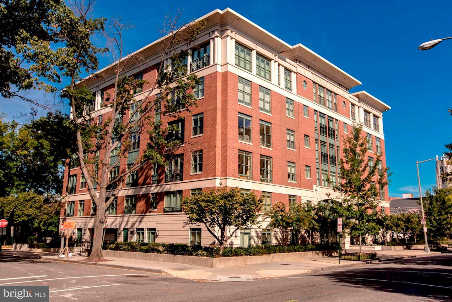 Single Family for Sale at 1414 22nd St NW #3 Washington, District Of Columbia 20037 United States