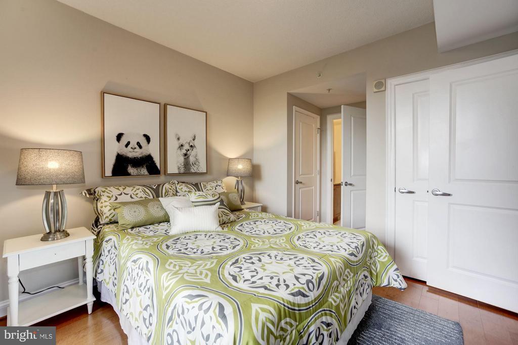 Bedroom (Master) - 1020 HIGHLAND ST #410, ARLINGTON