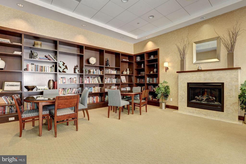 Library - 1020 HIGHLAND ST #410, ARLINGTON