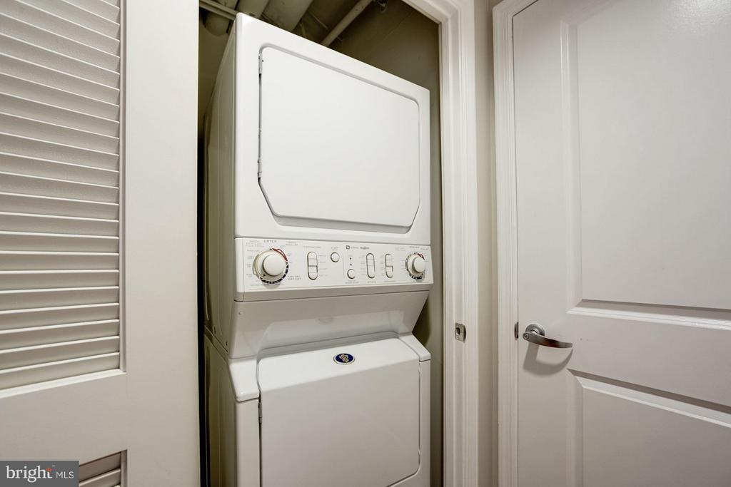 IN-house laundry - 1020 HIGHLAND ST #410, ARLINGTON