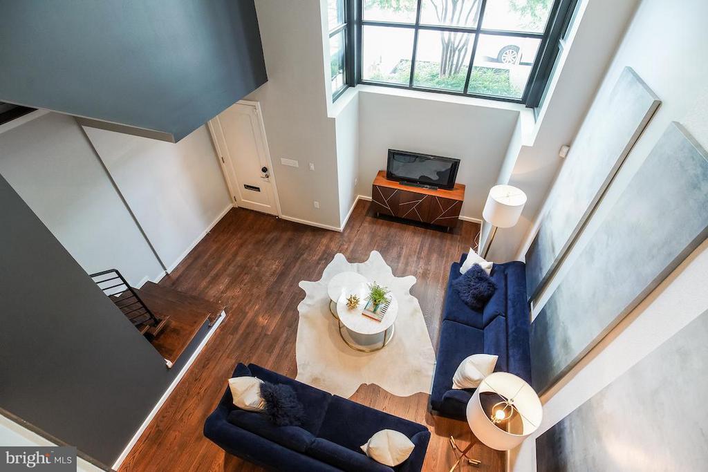 Living Room - 1935 12TH ST NW #1, WASHINGTON