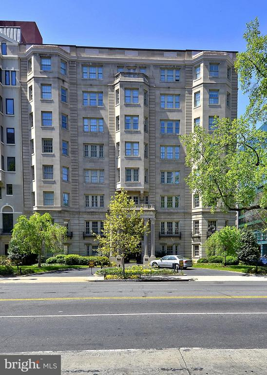 Welcome to The Presidential - 1026 16TH ST NW ##805, WASHINGTON