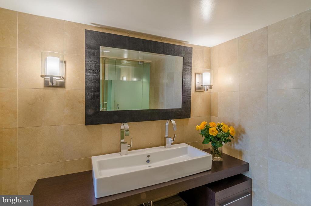 Bath (Master) - 700 NEW HAMPSHIRE AVE NW #107, WASHINGTON