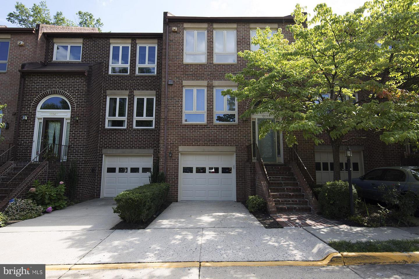 Other Residential for Rent at 10149 Turnberry Pl Oakton, Virginia 22124 United States