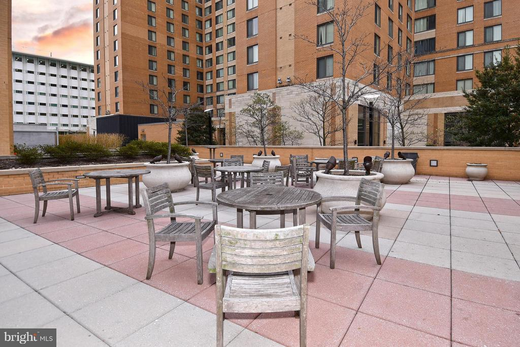 Enjoy some time outside in the common area - 6500 AMERICA BLVD #204, HYATTSVILLE