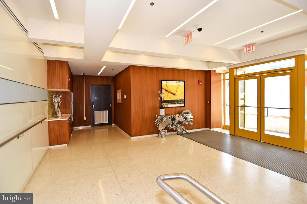 Secured Lobby with FOB or Code Entry - 6500 AMERICA BLVD #204, HYATTSVILLE