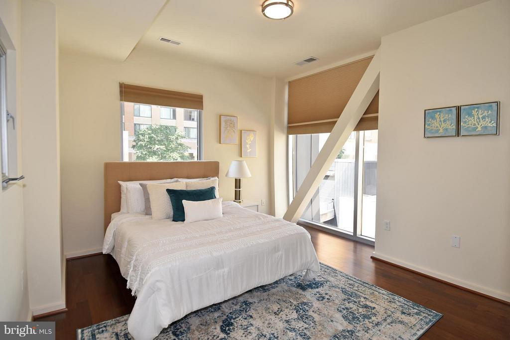 Master Bedroom w/floor to ceiling windows - 6500 AMERICA BLVD #204, HYATTSVILLE