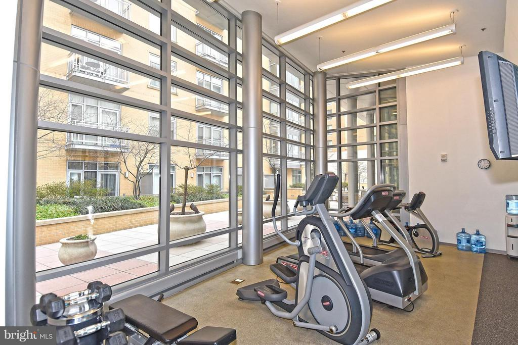 Work out facilities in sister building next door - 6500 AMERICA BLVD #204, HYATTSVILLE