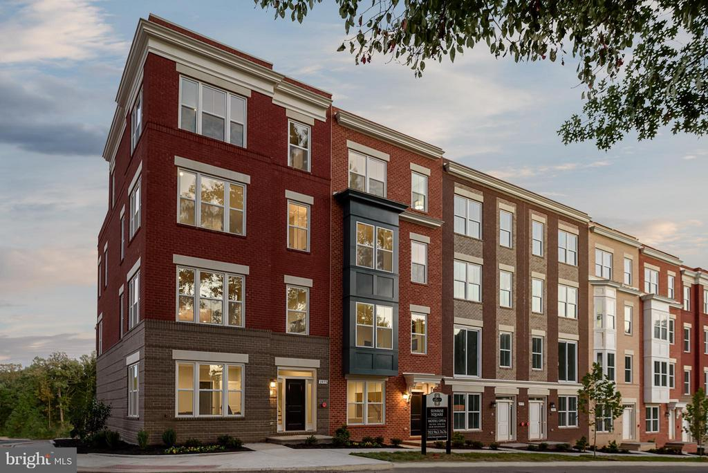 Exterior (Front) - 11687 SUNRISE SQUARE PL #12, RESTON