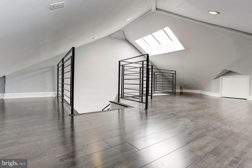 4th Floor Loft Area - 1901 3RD ST NW #2, WASHINGTON