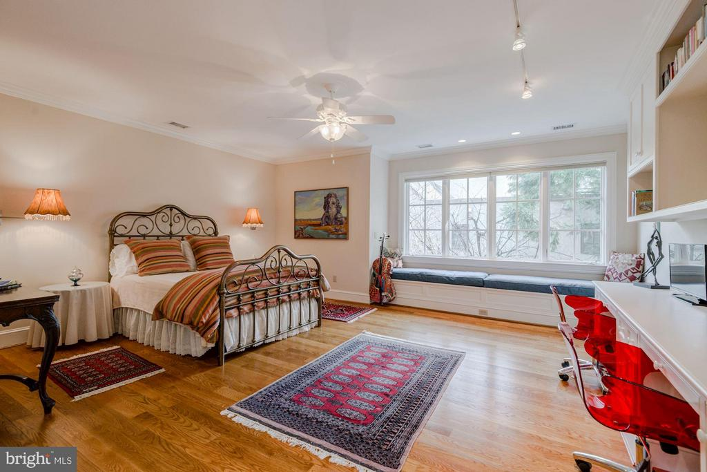 Bedroom 3, Upper Level - 7515 EXETER RD, BETHESDA