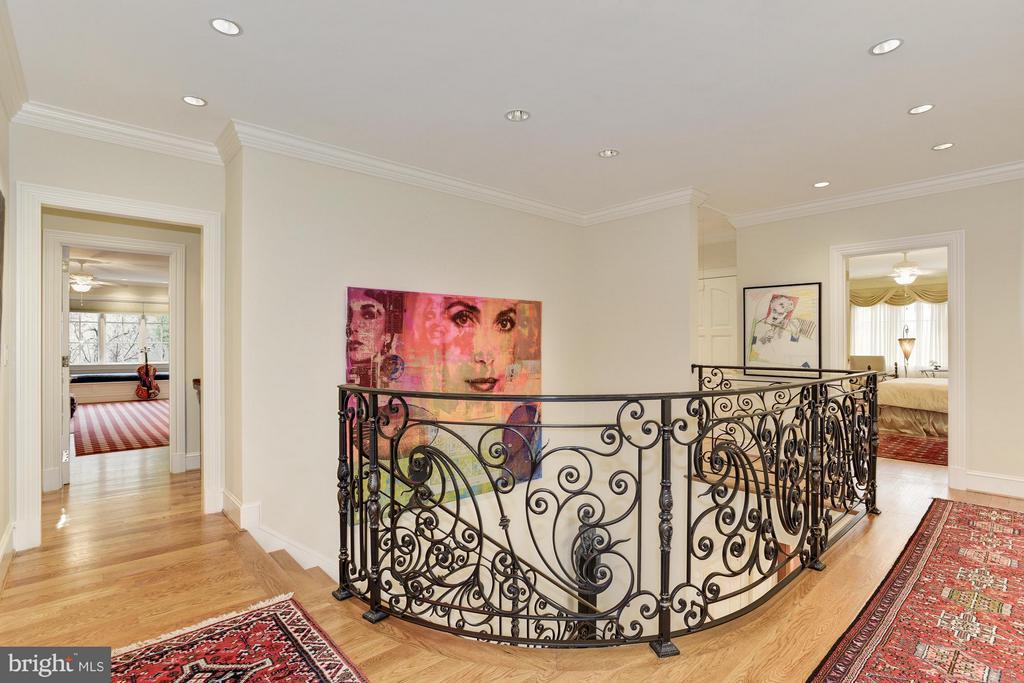 Upper Hallway/Stairwell - 7515 EXETER RD, BETHESDA