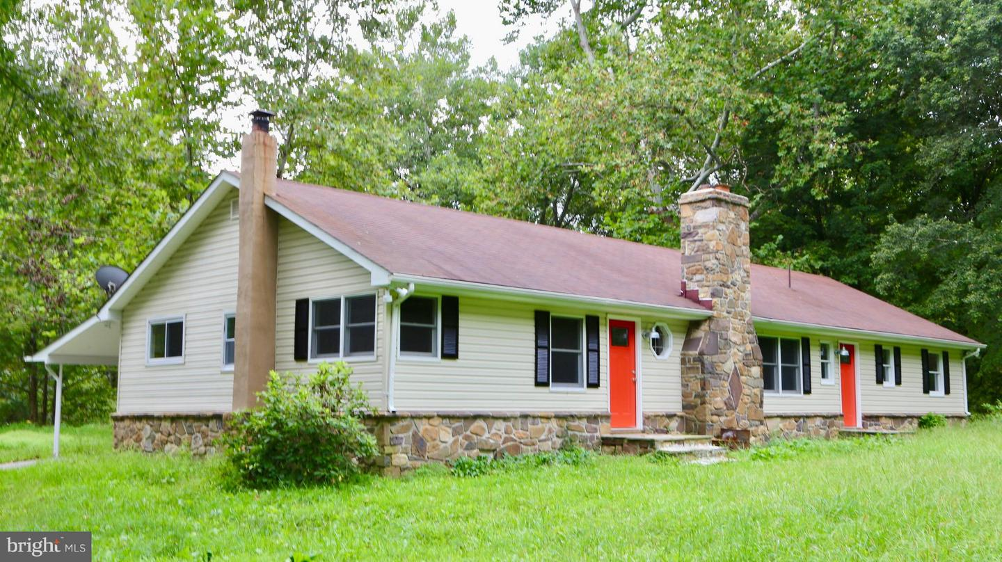 Single Family for Sale at 7934 North River Rd Rio, West Virginia 26755 United States