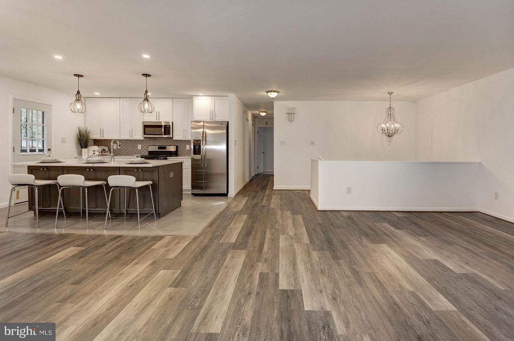 Living Room - 2217 OAKLAND ST S, ARLINGTON