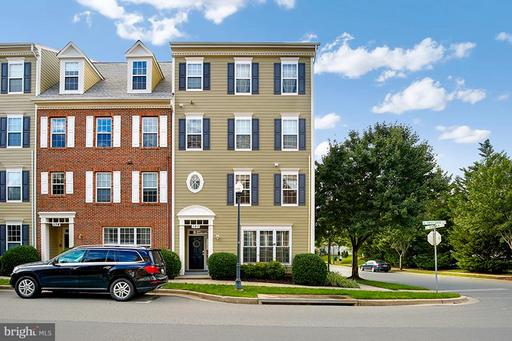 180 CHEVY CHASE ST