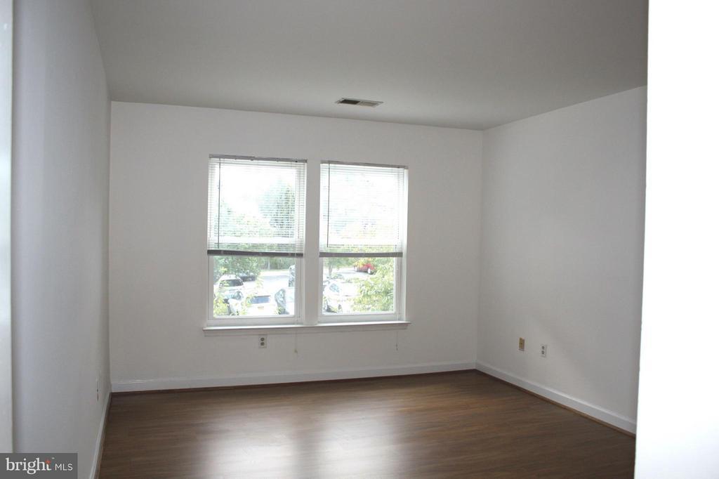 Bedroom (Master) - 13609 SIR THOMAS WAY #1-C-21, SILVER SPRING
