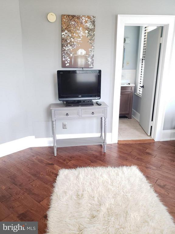 family room - 1822 15TH ST NW #201, WASHINGTON