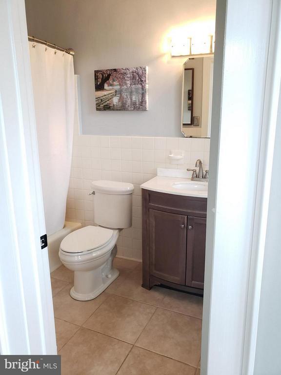 Bath (Master) - 1822 15TH ST NW #201, WASHINGTON