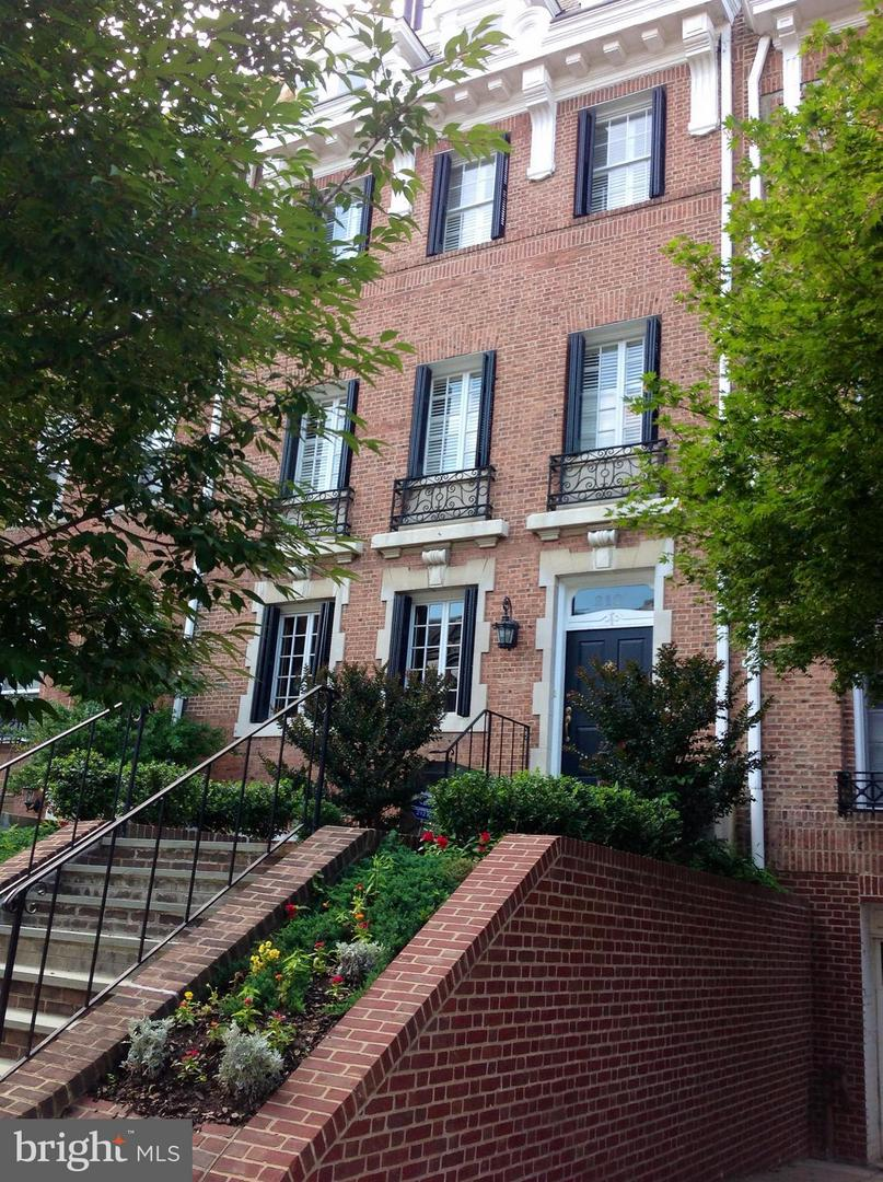 Single Family Home for Sale at 2127 Leroy Pl NW 2127 Leroy Pl NW Washington, District Of Columbia 20008 United States