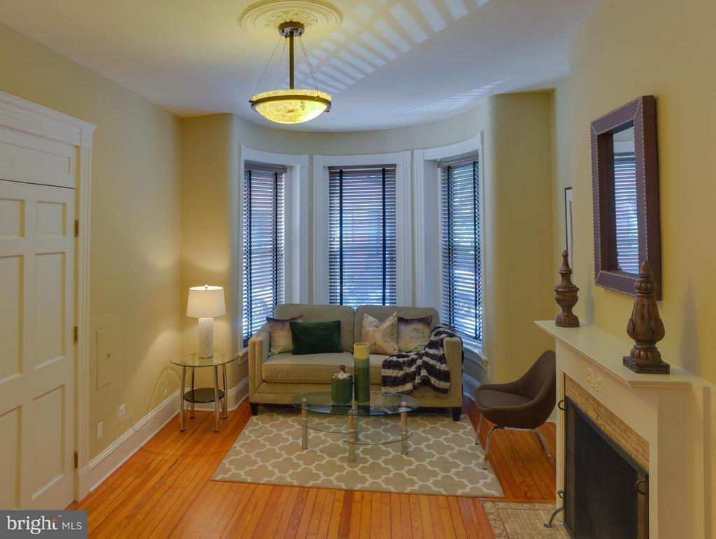 First Floor Apt Living Room - 1731 RIGGS PL NW, WASHINGTON