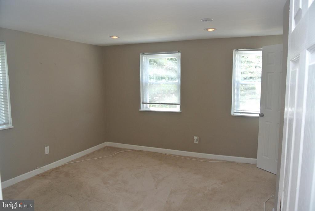 First Bedroom - 4512 EDSON PL NE, WASHINGTON
