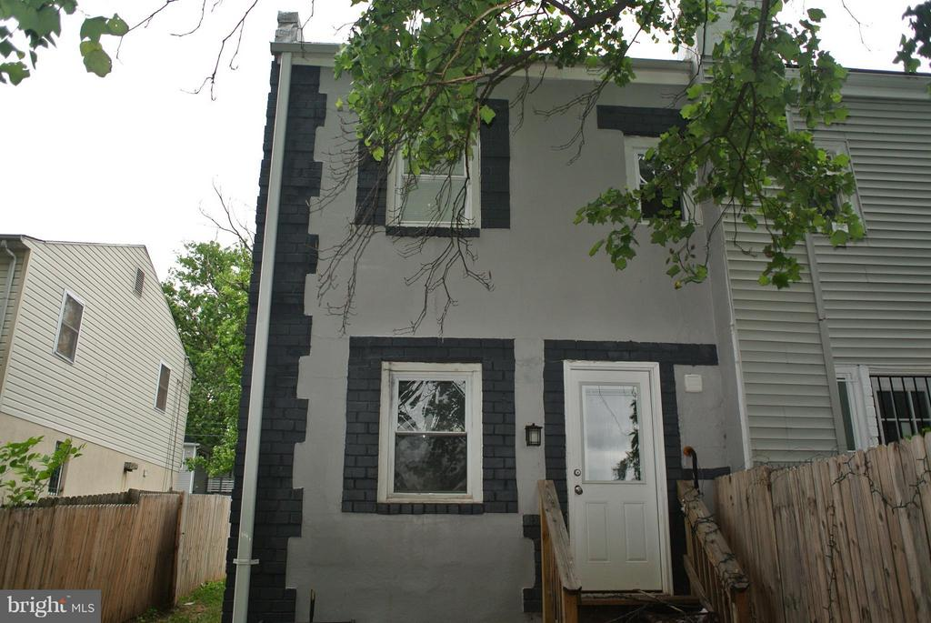 Exterior (Rear) - 4512 EDSON PL NE, WASHINGTON