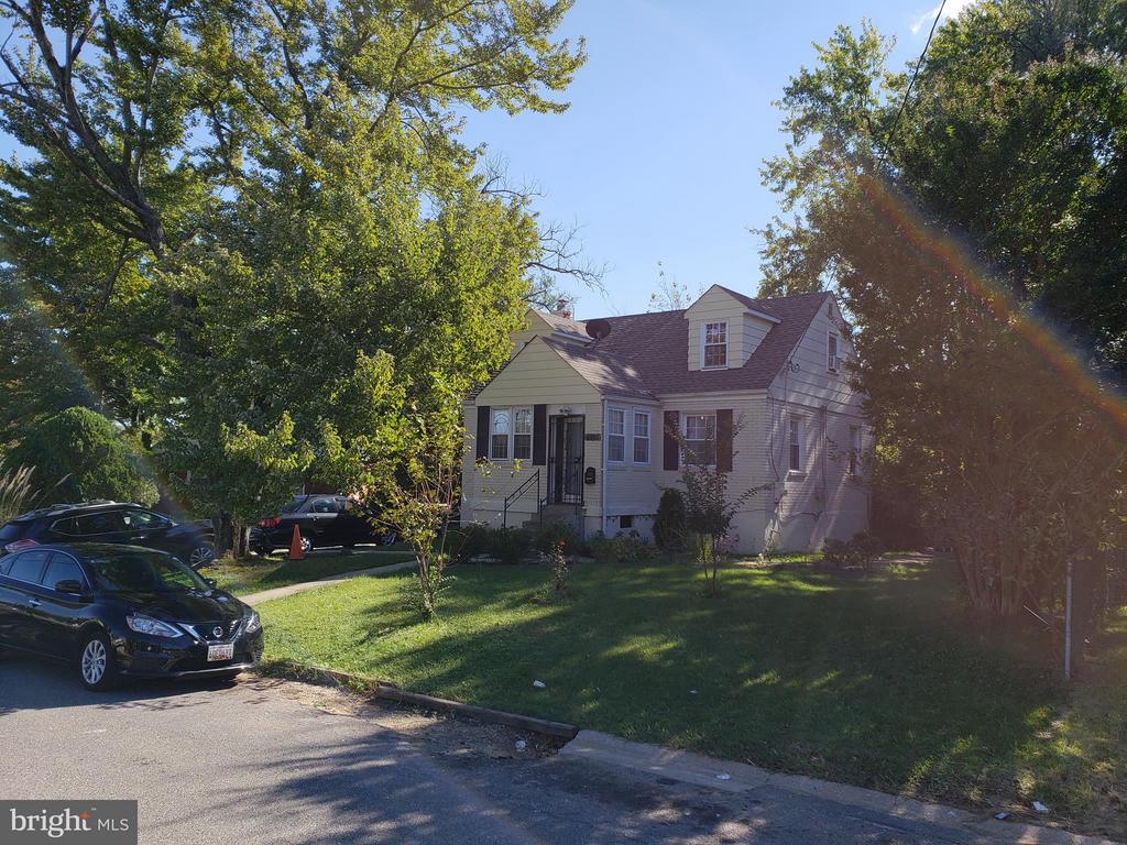 Exterior (Front) - 6301 LANDOVER RD, CHEVERLY