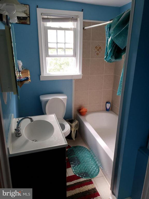 Full Bath 2 (Main floor) - 6301 LANDOVER RD, CHEVERLY