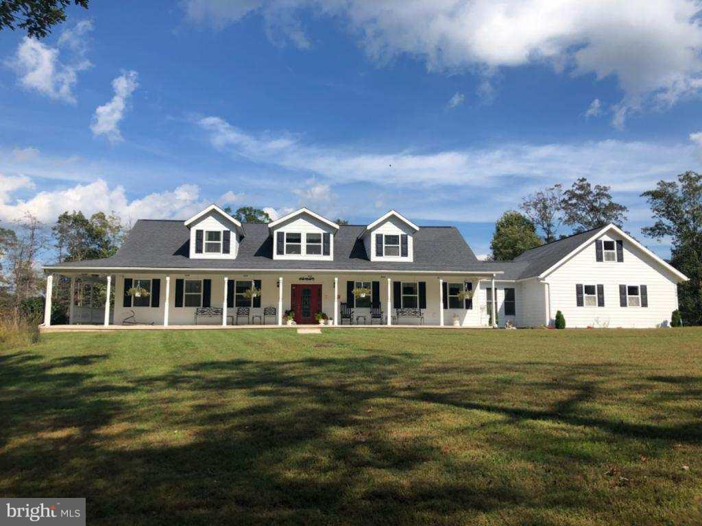 Single Family for Sale at 268 Stoney Brook Ln Slanesville, West Virginia 25444 United States