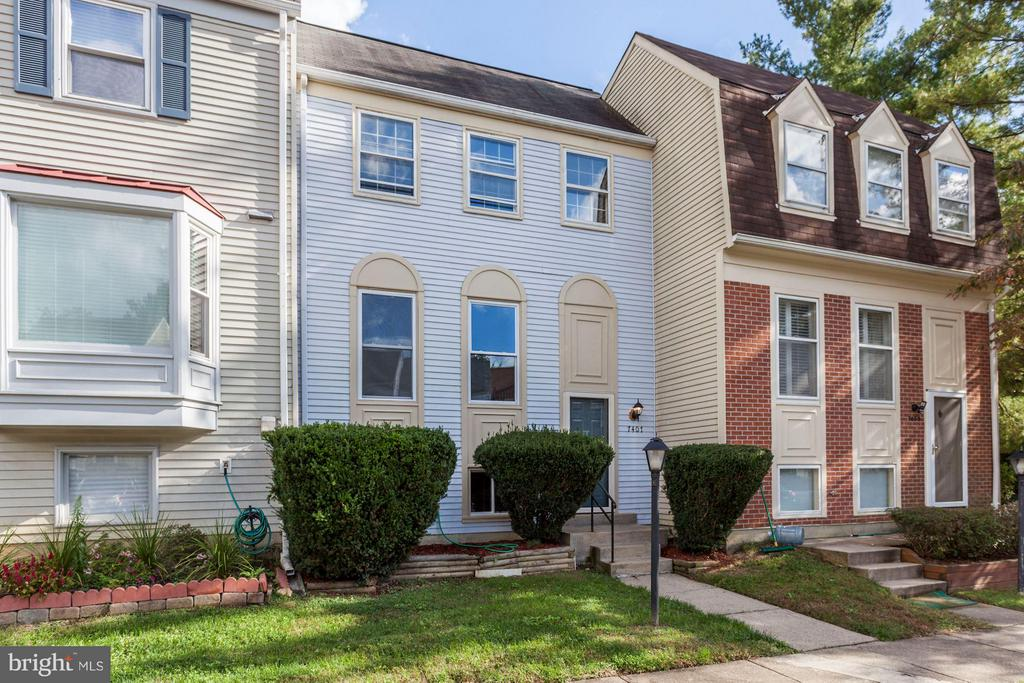 Kingstowne Homes for Sale -  Townhome,  7407  MEADOWLEIGH WAY