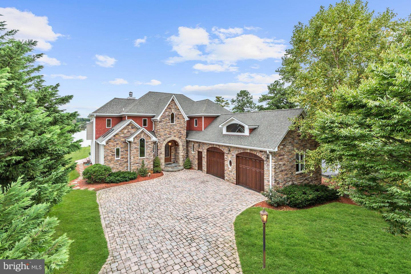 Single Family for Sale at 228 Bentons Pleasure Rd Chester, Maryland 21619 United States