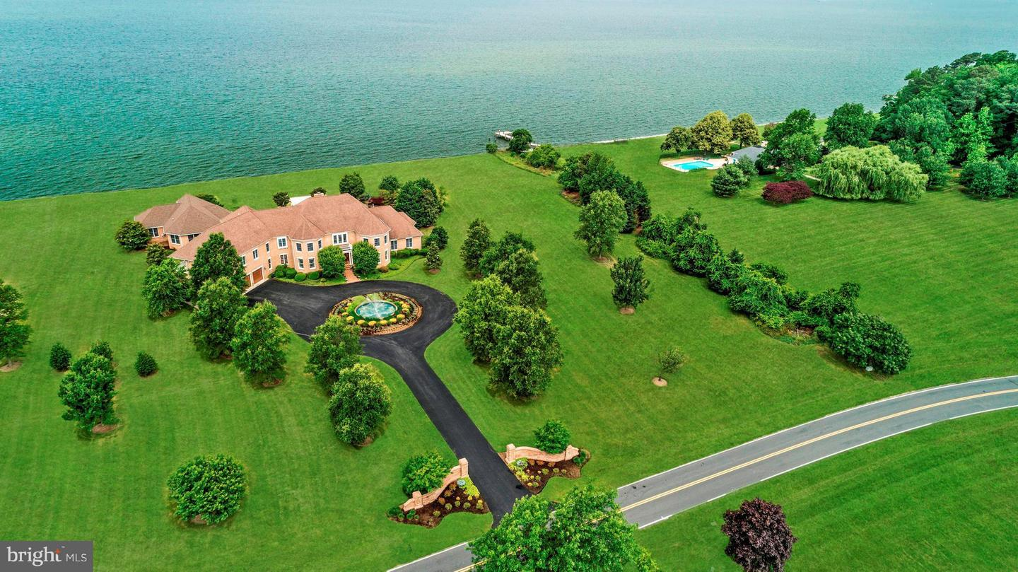 Single Family for Sale at 3102 Bennett Point Rd Queenstown, Maryland 21658 United States