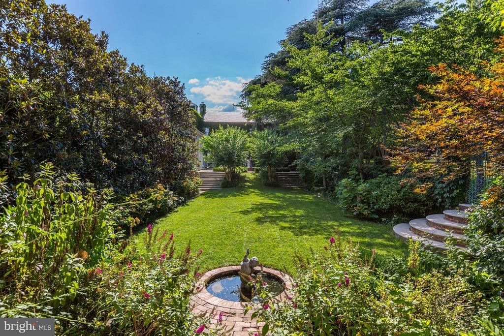 Beautifully Manicured Lawn with Lilypond and Gate - 1607 28TH ST NW, WASHINGTON