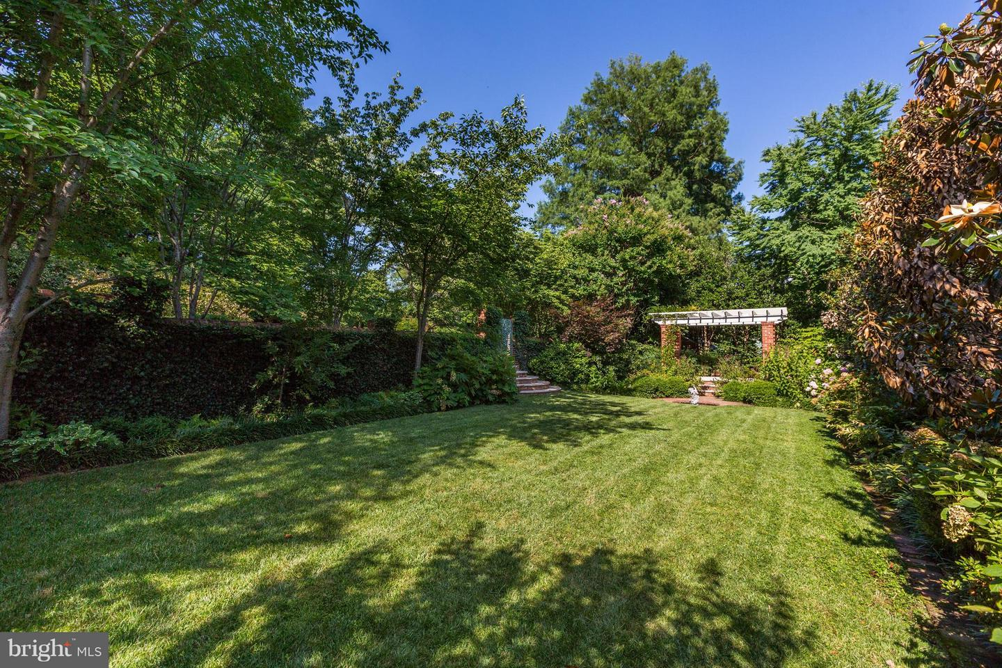 Additional photo for property listing at 1607 28th St NW Washington, District Of Columbia 20007 United States