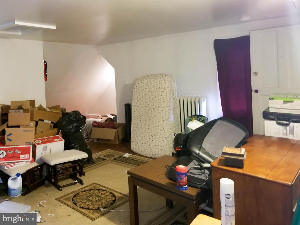 3rd Floor In-Law Suite - 3008 16TH ST NE, WASHINGTON