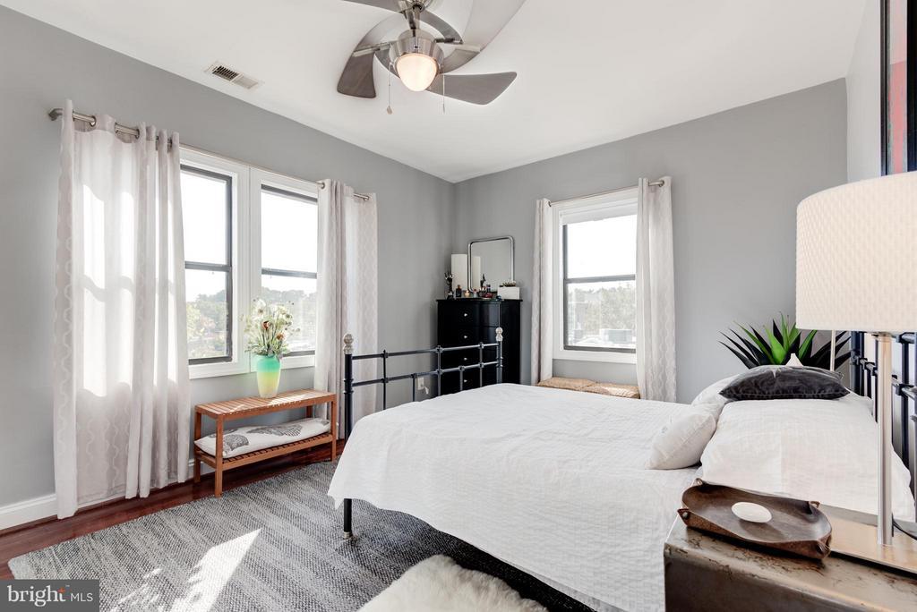 Bedroom (Master) - 315 EVARTS ST NE #206, WASHINGTON