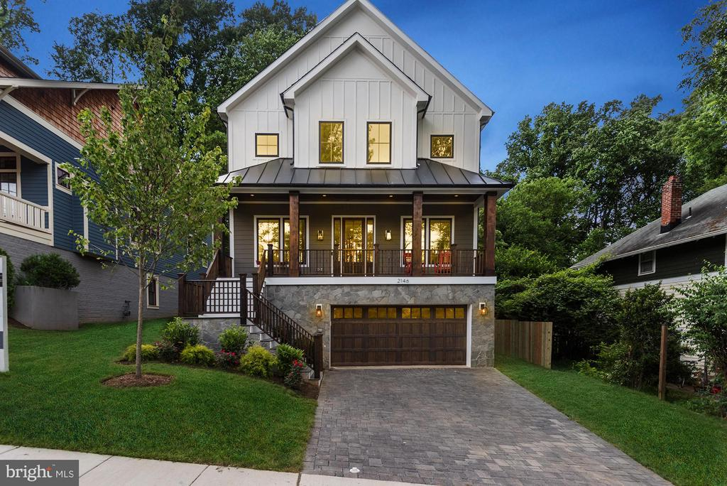 Newly constructed, bordering Cherrydale Park - 2146 POLLARD ST N, ARLINGTON