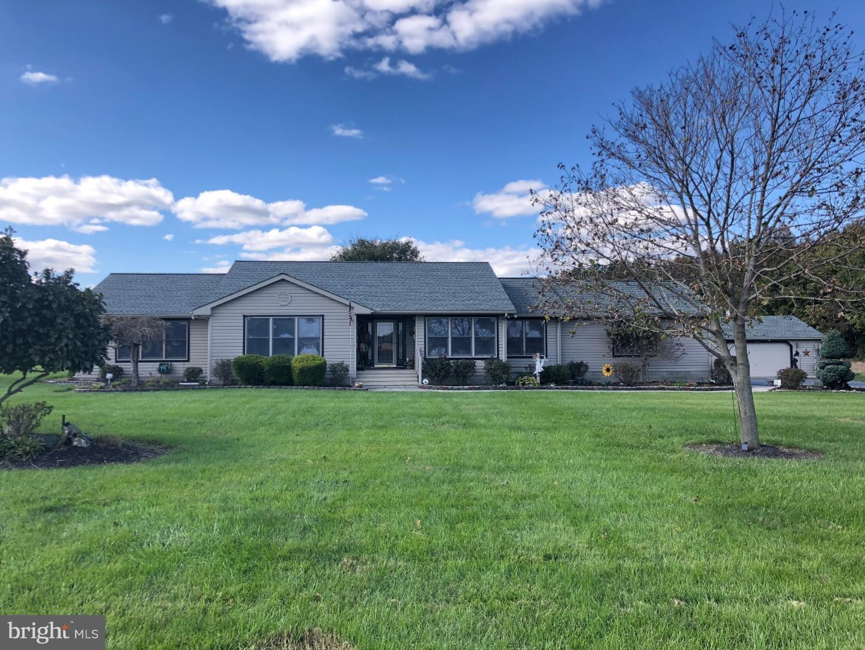 Enfamiljshus för Försäljning vid 623 AMSTERDAM Road Felton, Delaware 19943 Usa