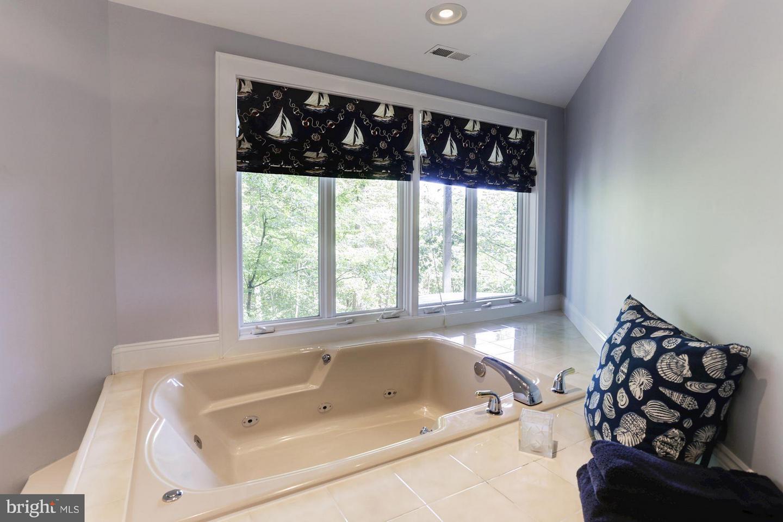 Additional photo for property listing at 1489 Downham Market Annapolis, Maryland 21401 United States