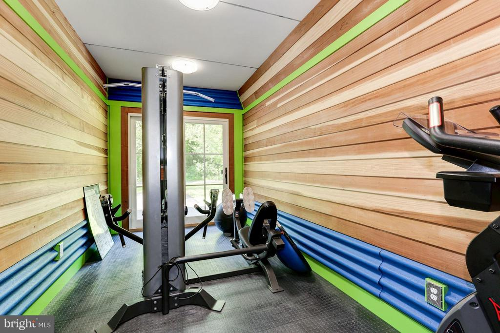 Fitness Room - 8506 WOODHAVEN BLVD, BETHESDA