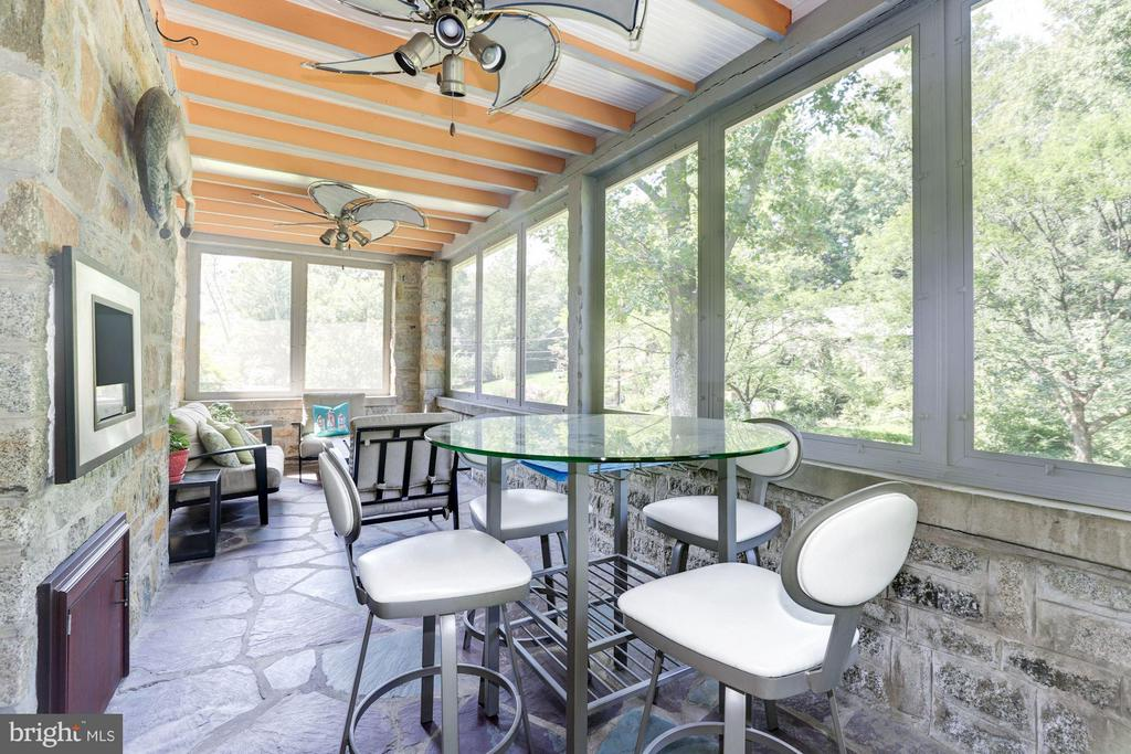 Screened Porch - 8506 WOODHAVEN BLVD, BETHESDA