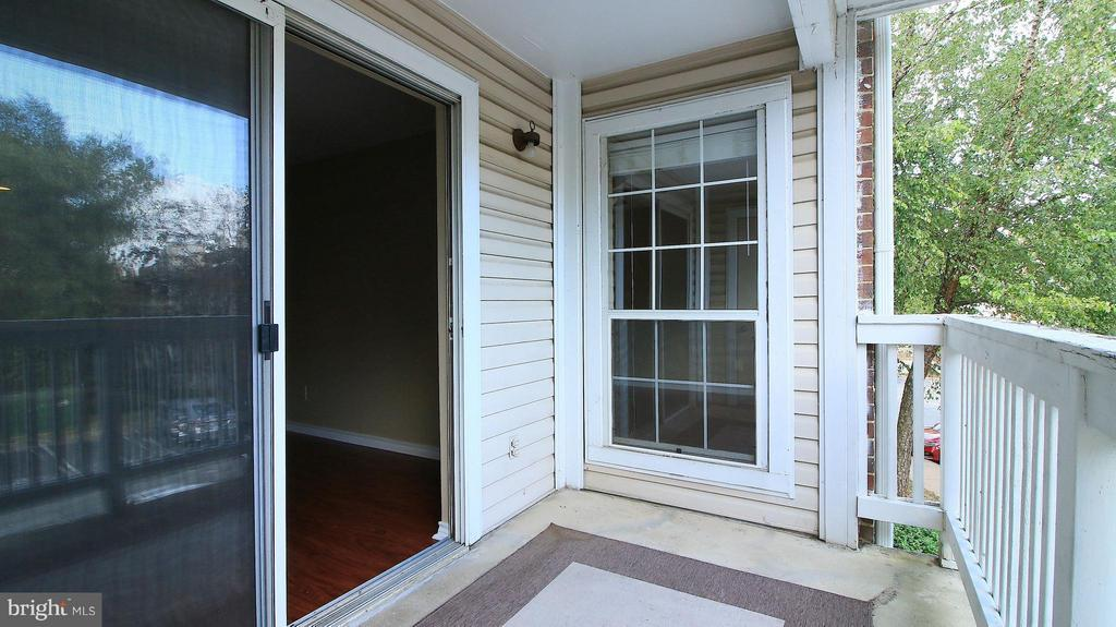 Exterior (General) - 1527 LINCOLN WAY #204, MCLEAN