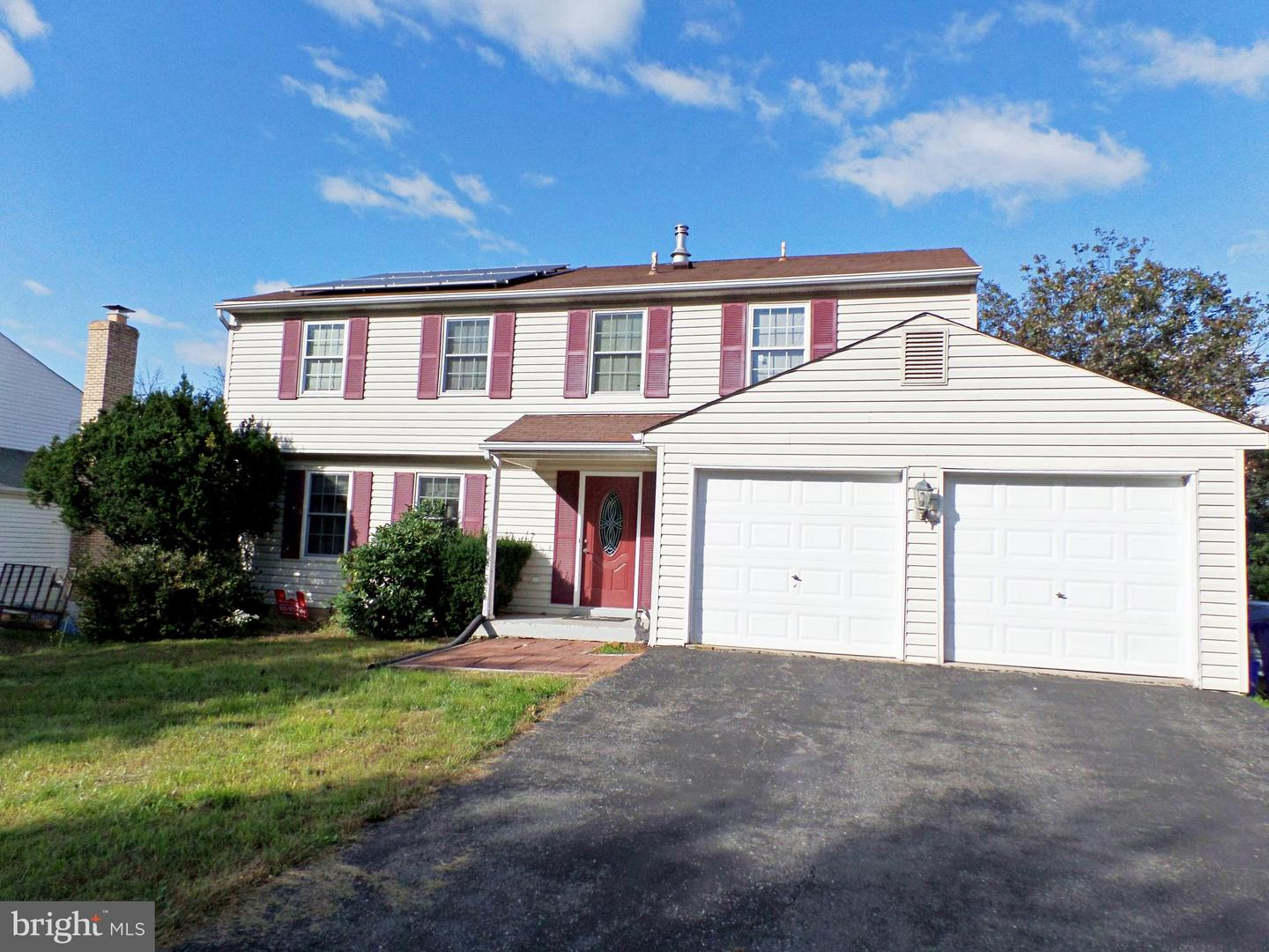 Photo of home for sale at 25208 Chimney House Court, Damascus MD