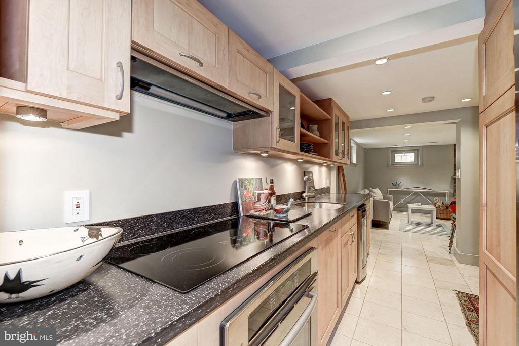 Lower Level Kitchen - 5155 ROCKWOOD PKWY NW, WASHINGTON